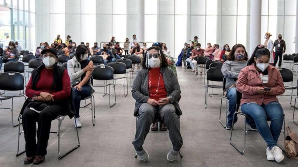 México registró en las últimas 24 horas 582 muertes y 4 mil 262 casos de COVID-19 - Situación de COVID-19 en México. Foto de EFE