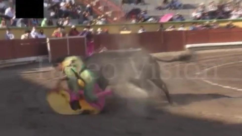 El 'Rifao' sufre cornada en la Plaza de Toros 'El Pana' de Tlaxcala - Manuel Rocha 'El Rifao'
