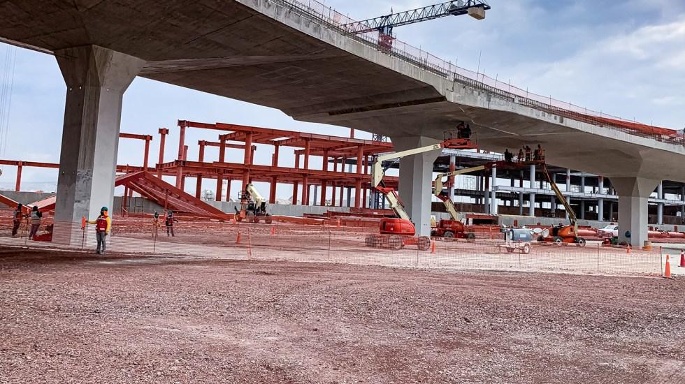 Adjudicaciones directas alcanzaron 43 por ciento de compras públicas en 2020 - Trabajos de conectividad de la carretera al Aeropuerto Internacional Felipe Ángeles. Foto de @SCTmx