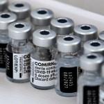 EE.UU. compra 500 millones de vacunas para distribuir en 100 países