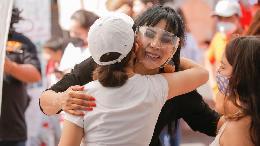 AMLO condena asesinato de candidata en Moroleón; pide votar el 6 de junio - Alma Barragán candidata Guanajuato
