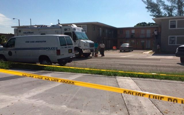 Dos muertos y 20 heridos en tiroteo en Miami a la salida de un concierto - Agentes de la Policía investigan la zona de un tiroteo en Miami, Florida (EE.UU.). Foto de EFE / Archivo