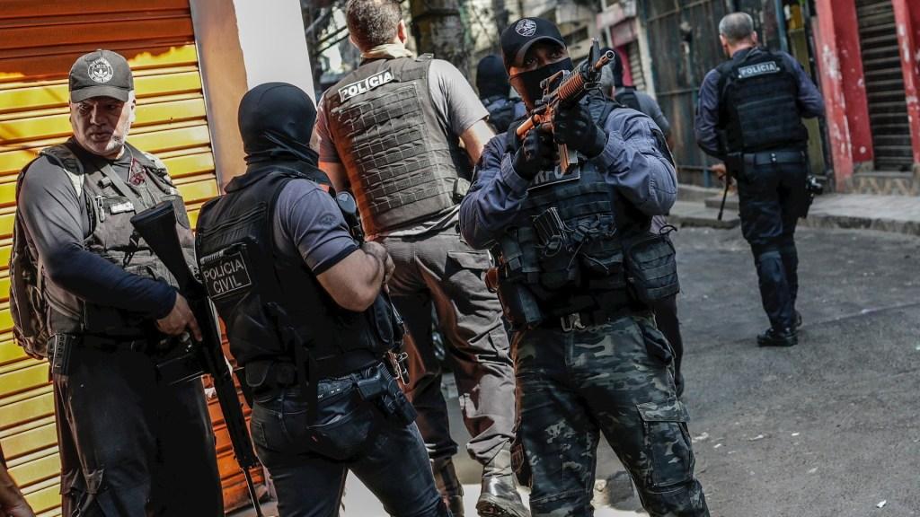 """Operación policial desata """"la mayor masacre"""" en la historia de Río de Janeiro - Brasil operativo masacre policías"""