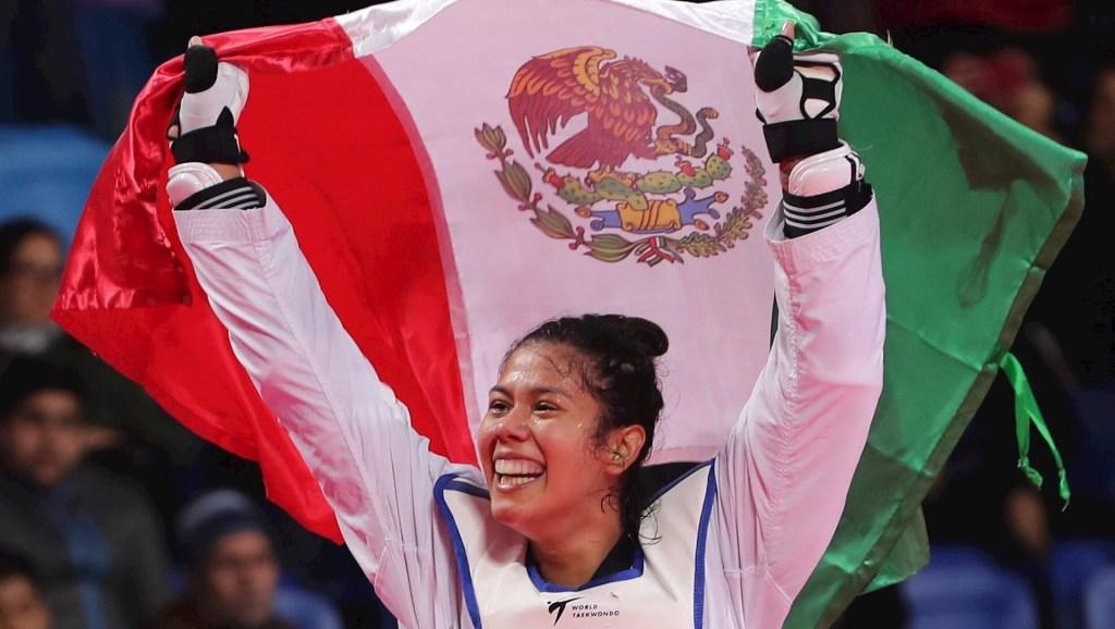 Foto de Archivo. Briseida Acosta celebra al ganar la medalla de oro en la competencia de taekwondo 67kg en los Juegos Panamericanos 2019 en Lima, Perú. Foto de EFE/ Martín Alipaz.