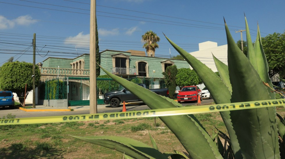 Suman cuatro ataques contra candidatos en 24 horas - Casa de campaña acordonada, del candidato Octavio Pedroza, por amenaza. Foto de El Universal