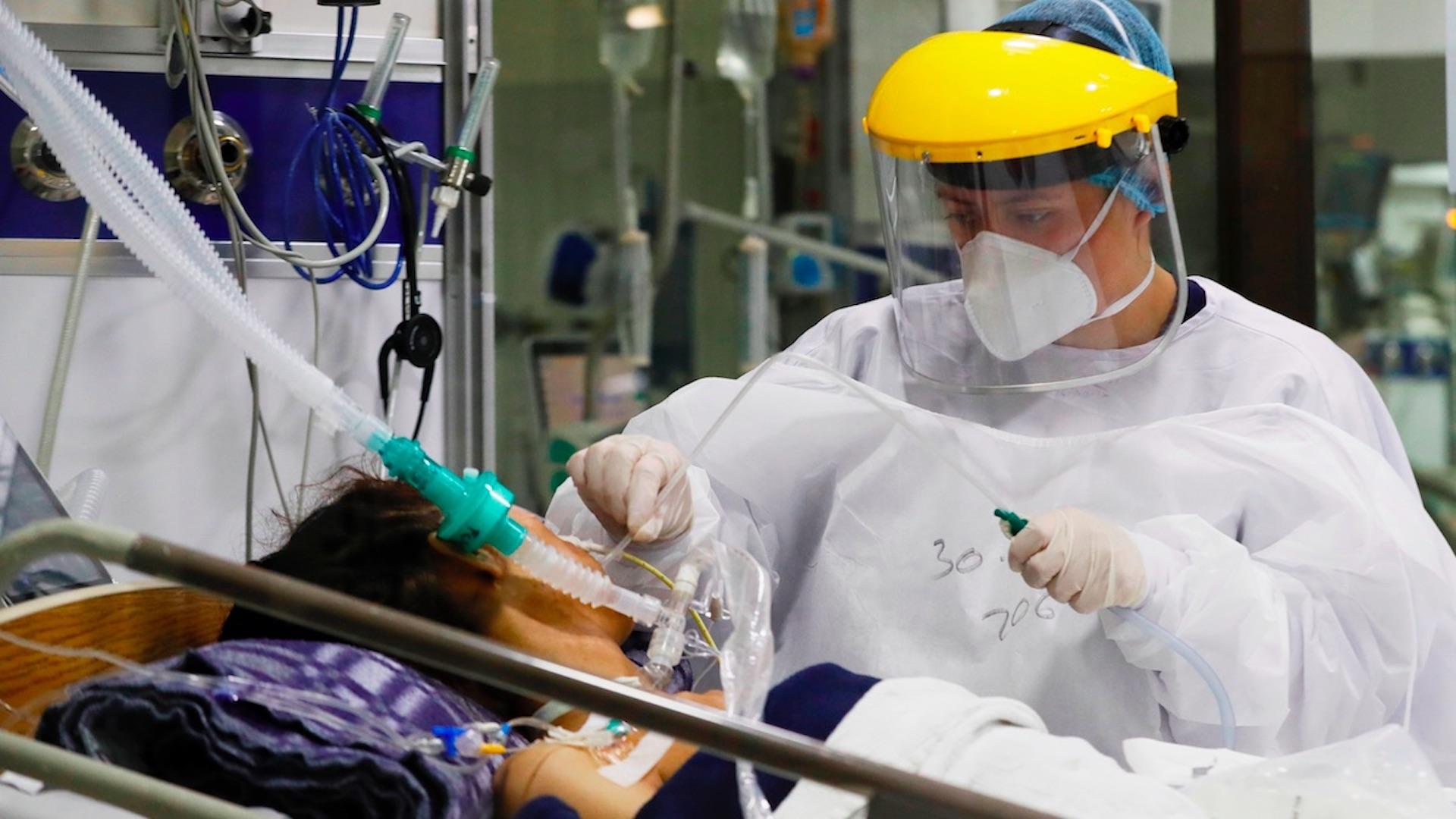 México registró en las últimas 24 horas 4 mil 98 casos y 167 muertes por COVID-19- Cruz Roja alerta por posible colapso sanitario en Latinoamérica debido a COVID-19