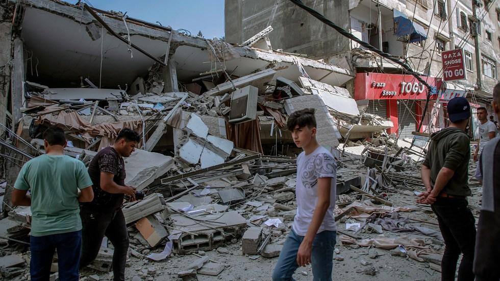Ataques suman 83 palestinos muertos, entre ellos 17 niños - Destrucción en Gaza por ataque israelí. Foto de EFE