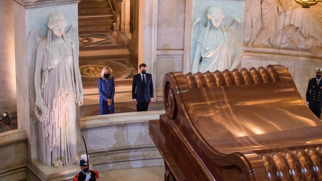 Macron asume herencia de Napoleón en medio de polémica - Macron asume herencia de Napoleón en medio de polémica. Foto de EFE