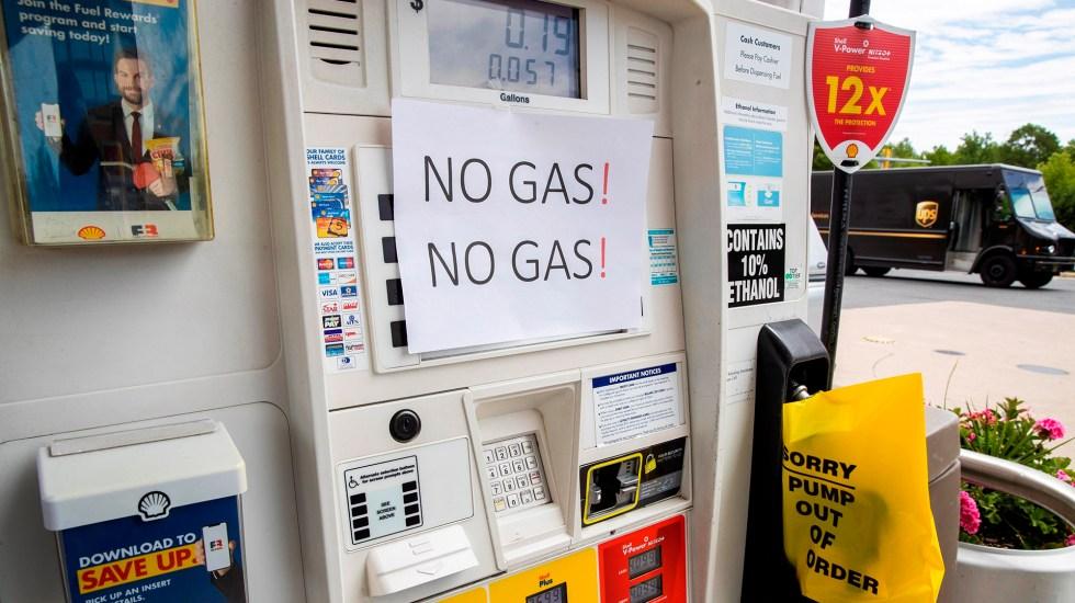 Biden afirma que ciberataque a oleoductos provino de Rusia pero no de su Gobierno - Escasez de gasolina en EE.UU. tras ciberataque a oleoductos. Foto de EFE