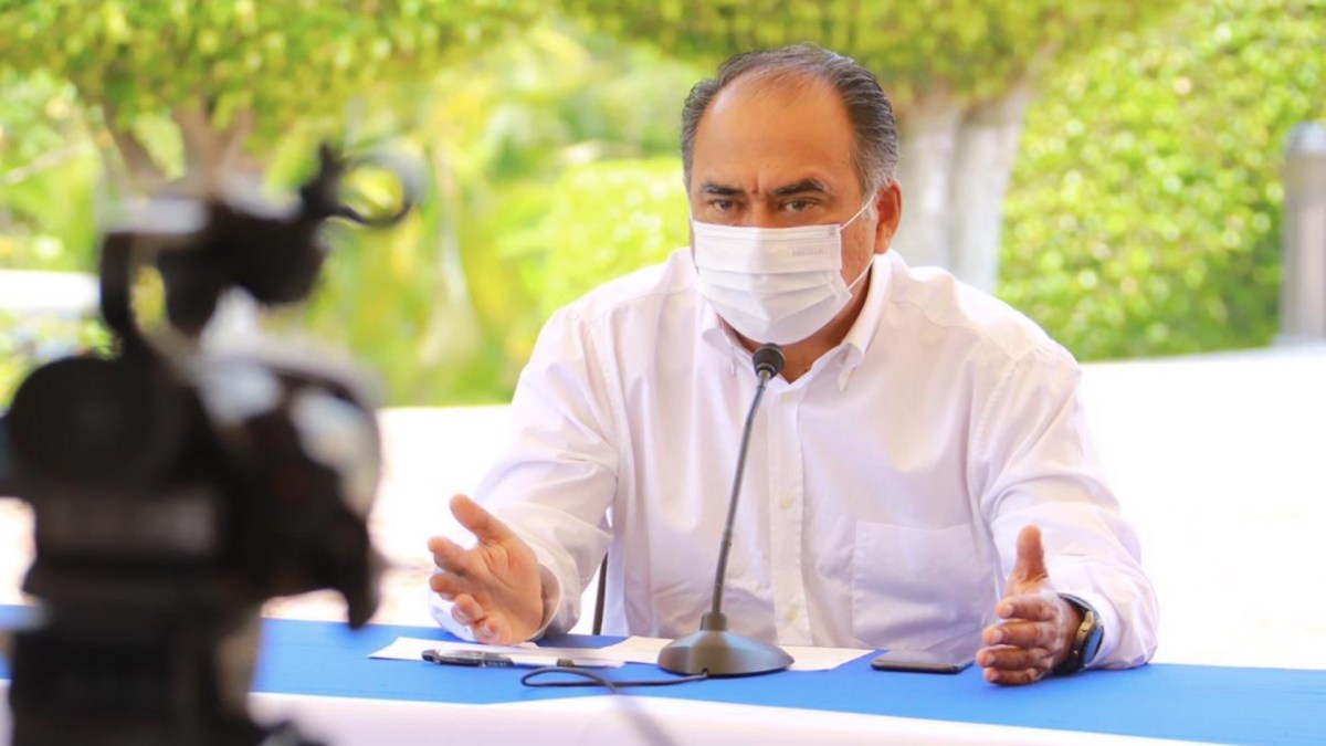 Reconoce Héctor Astudillo a Evelyn Salgado como gobernadora electa