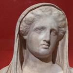El Louvre expone por primera vez obras robadas e interceptadas en la aduana - LDTV290520212