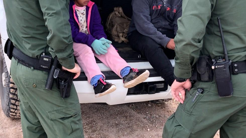 Número de menores indocumentados bajo custodia de EE.UU. desciende 88 % - Menores niños EEUU migrantes
