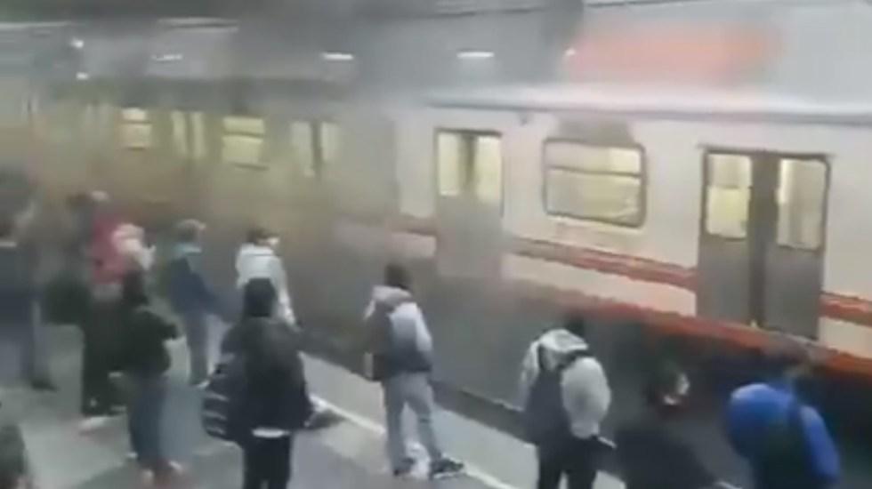 Captan humo en la estación Pantitlán de la Línea A del Metro - Metro Ciudad de México Línea A Pantitlán humo
