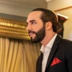 Nayib Bukele cambia su descripción en Twitter a 'Dictador de El Salvador'