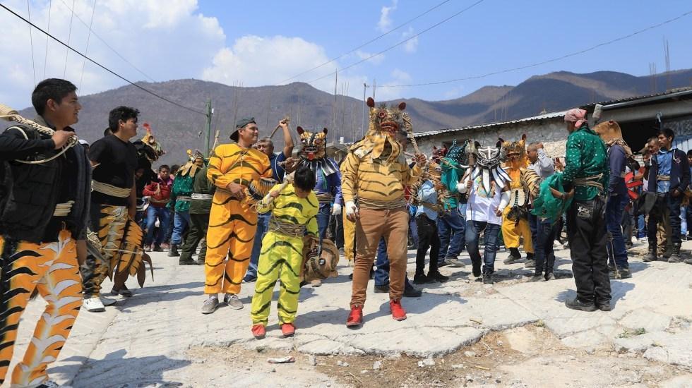 Pelea de tigres, un ritual al dios de la lluvia que se mantiene en Zitlala, Guerrero - Habitantes se reúnen hoy, para realizar