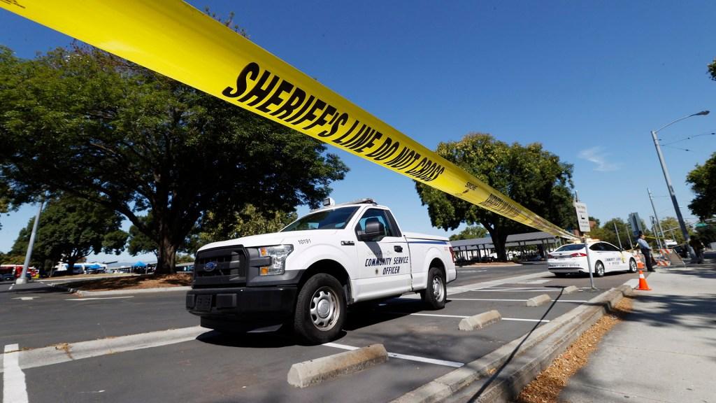 Al menos ocho muertos por tiroteo en California; el agresor también murió - Tiroteo en San José, California. Foto de EFE