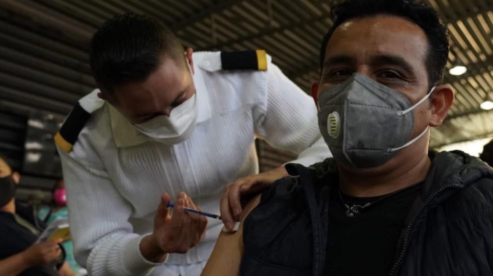 Abren registro para vacunación a personas de 40 a 49 años - Abren registro para vacunación a personas de 40 a 49 años. Foto de Secretaría de Salud de la Ciudad de México