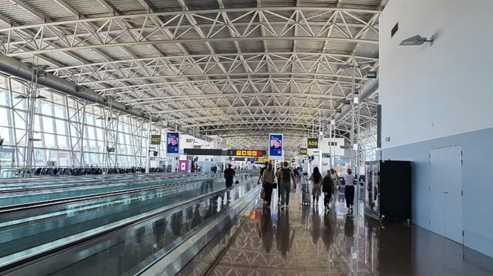Dan un año de cárcel a pasajero en Bruselas por presentar prueba PCR falsa en aeropuerto - Aeropuerto de Bruselas. Foto de Google Maps / Romeo Cadaoas