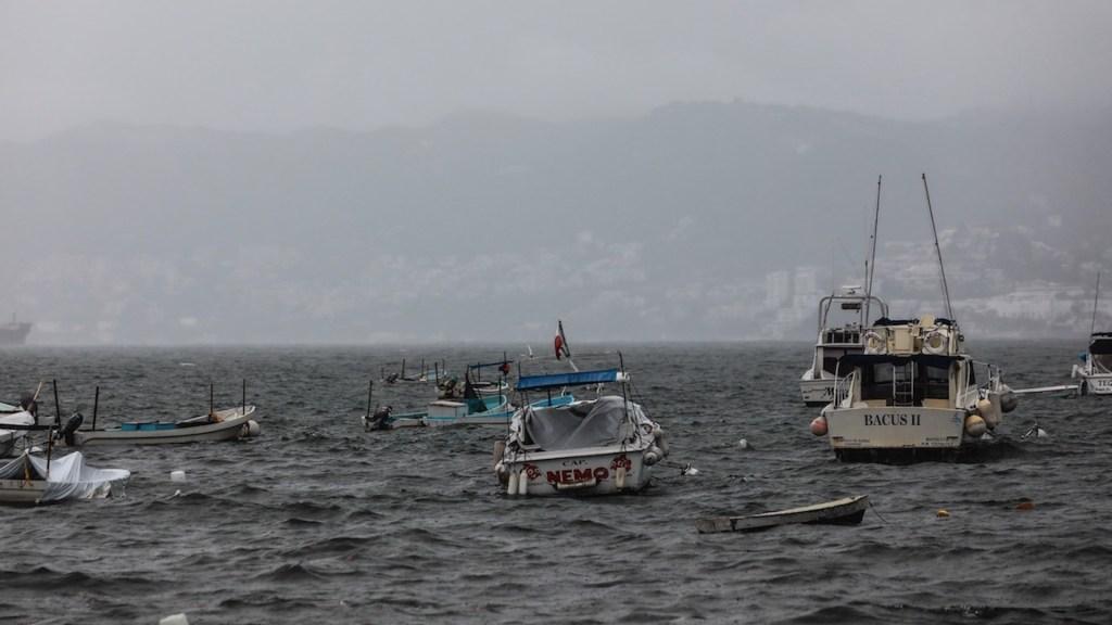 Enrique se degrada a tormenta tropical; avanza hacia Baja California Sur - Enrique se degrada a tormenta tropical; avanza hacia Baja California Sur. Foto de EFE