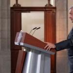 Análisis grafológico de la firma del presidente López Obrador a lo largo del tiempo - Foto de Presidencia de la República