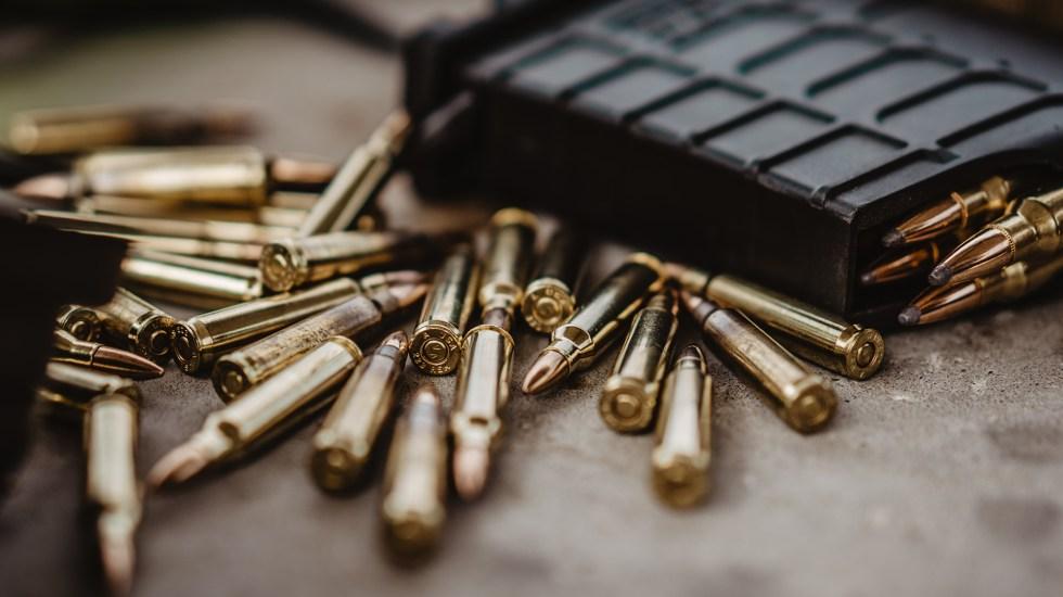 Identifican trayectorias de delincuentes que robaron millones de balas en Guanajuato - Cartuchos cargados de balas. Foto de Joe / Unsplash