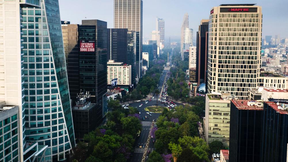 Moody's prevé buenas condiciones de liquidez en México - CDMX México Paseo de la Reforma