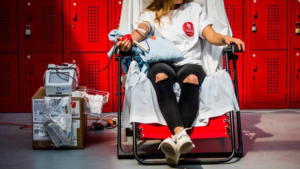 Pandemia lleva a estado crítico la donación de sangre altruista en México - Donación de sangre altruista. Foto de @unetedonaenvida