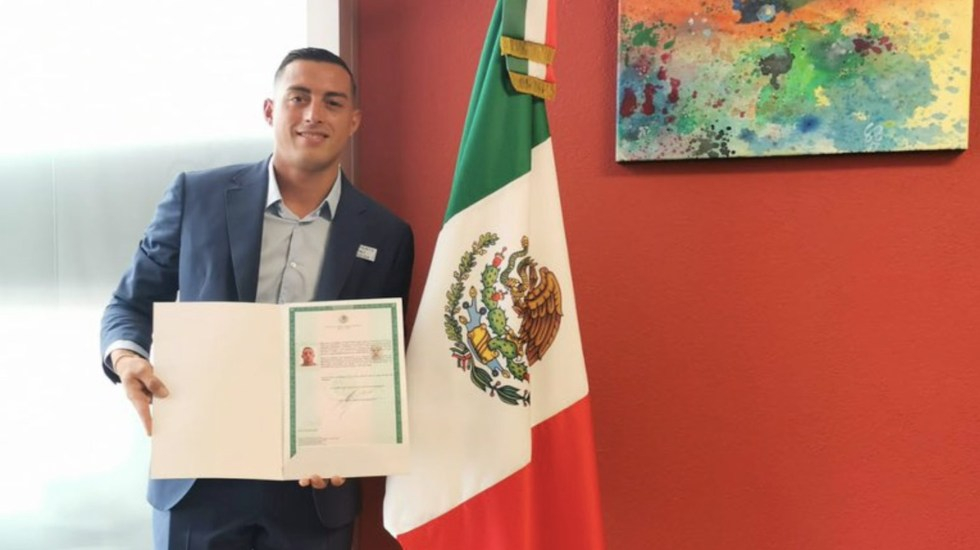 Funes Mori obtiene nacionalidad mexicana y podrá jugar en la Selección - Funes Mori obtiene nacionalidad mexicana y podrá jugar en la Selección. Foto de Twitter @rogelio7funes