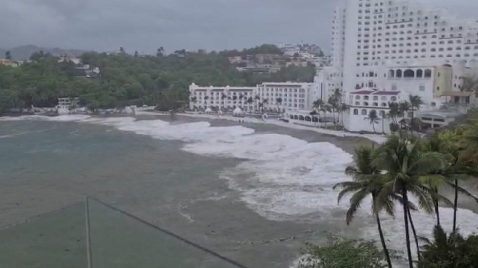 #Videos Huracán Enrique provoca afectaciones en Colima - Huracán enrique Colima México