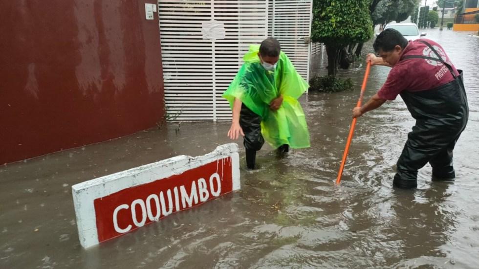 #Video Fuertes lluvias provocan inundaciones en Atizapán, Ecatepec y Tlalnepantla - Inundaciones Tlalnepantla Edomex Protección Civil