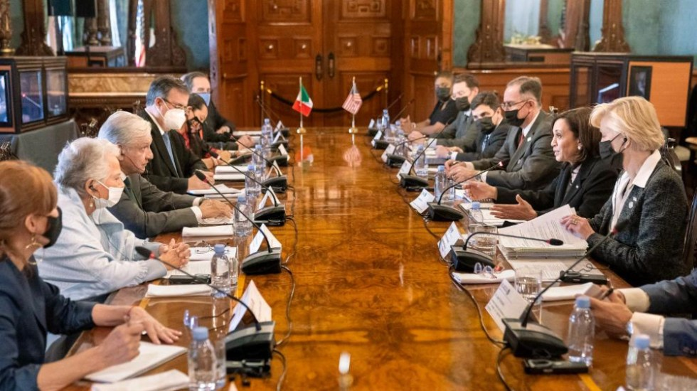 Diálogo con Kamala Harris fue sobre temas de agenda, no coyunturales: Esteban Moctezuma - Kamala Harris AMLO López Obrador Palacio