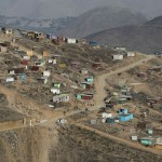 En Lima, Perú, casi 240 mil personas sobreviven en ollas comunes - Lima Perú pobreza