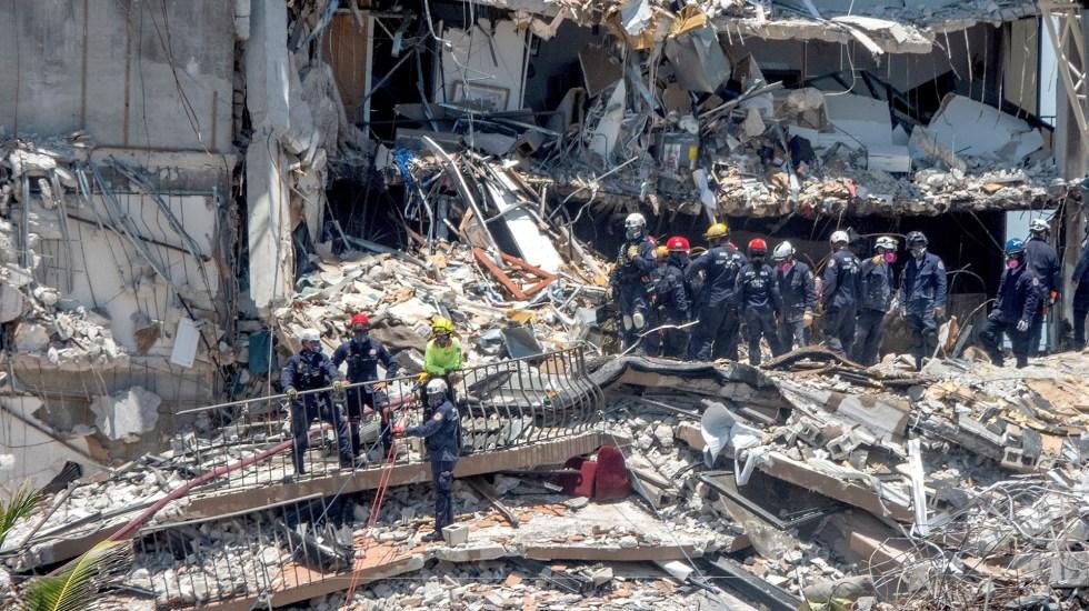 Familiares de desaparecidos en derrumbe de Miami: entre oración y esperanza - Miami edificio derrumbado Florida