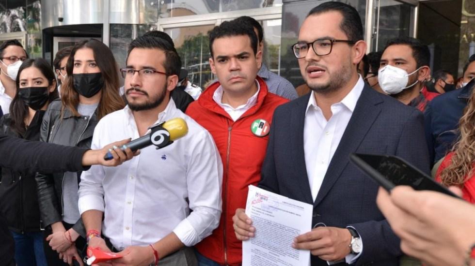 PRI presenta denuncia ante FGR por toma de su sede nacional - PRI denuncia FGR sede nacional agresiones