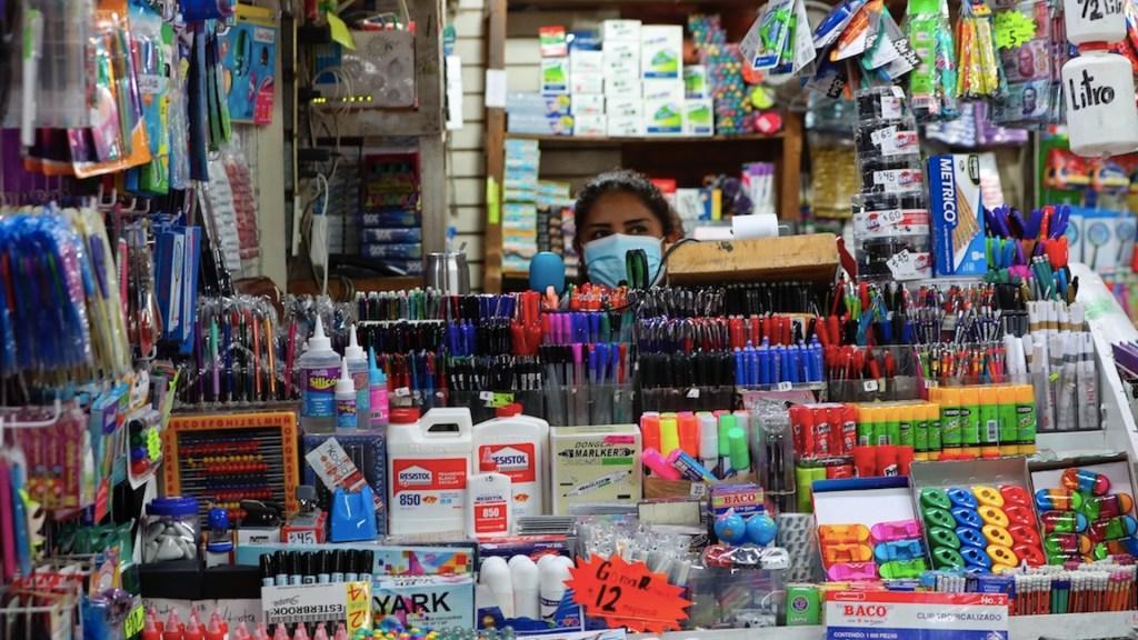 Incertidumbre y esperanza marcan regreso clases en Ciudad de México - Incertidumbre y esperanza marcan regreso clases en Ciudad de México. Foto de EFE