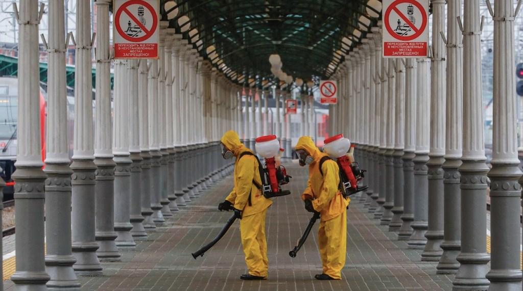 Rusia retoma el trabajo remoto ante incremento de mortalidad por COVID-19 - Rusia retoma el trabajo remoto ante incremento de mortalidad por COVID-19. Foto de EFE