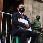 Acude Silvano Aureoles a Palacio Nacional con supuestas pruebas de que Morena es 'narcopartido'; AMLO no lo recibirá