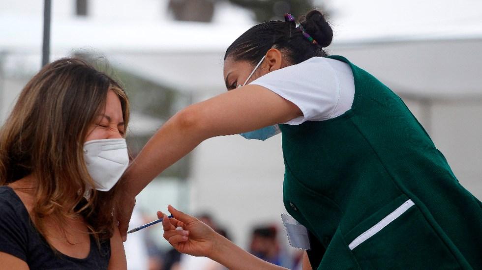 A ritmo actual de vacunación, México inmunizará a 70% de población en 8 meses: TResearch - vacunación COVID frontera Baja California México