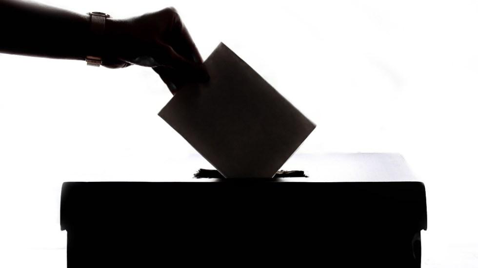 AMLO encarga a Ebrard campaña para facilitar voto en el extranjero - voto elecciones 2021 consulta