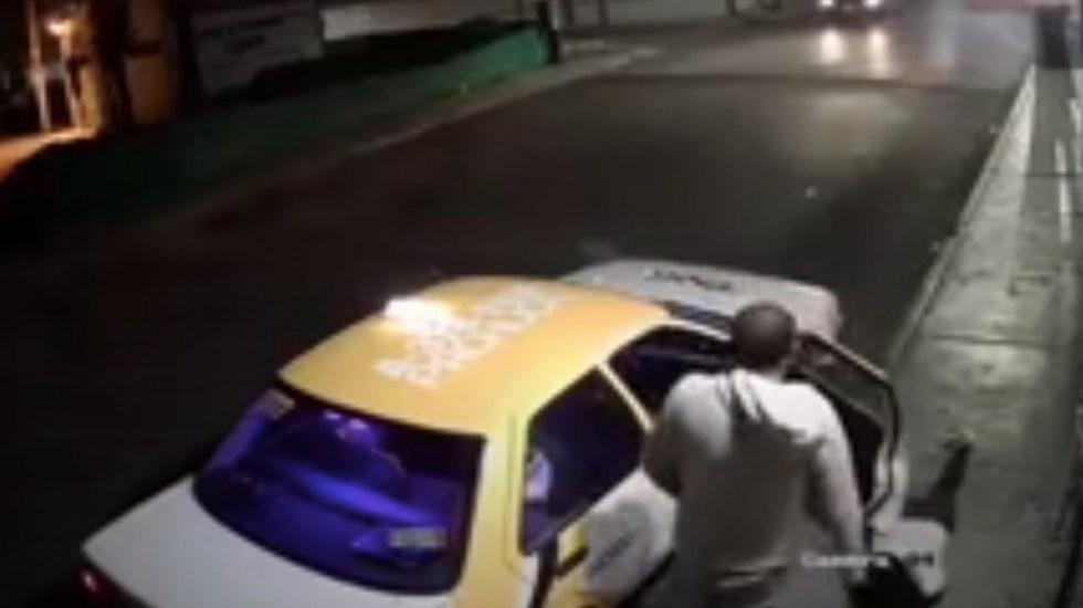 #Video Taxista agrede a mujer en Pachuca, Hidalgo - #Video Taxista agrede a mujer en Pachuca, Hidalgo. Foto tomada de video