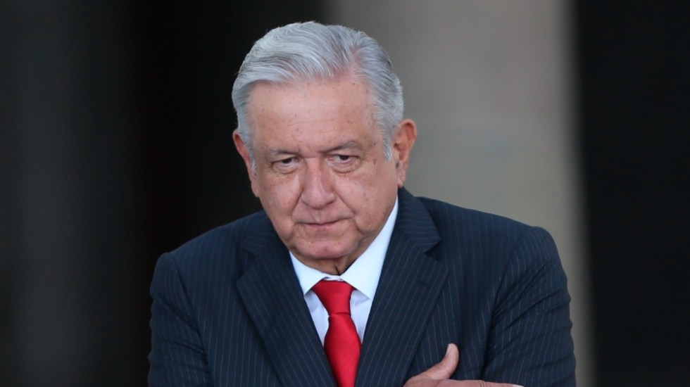 """""""Llueva, truene o relampaguee"""" iniciarán clases presenciales: AMLO - AMLO Lopez Obrador clases"""