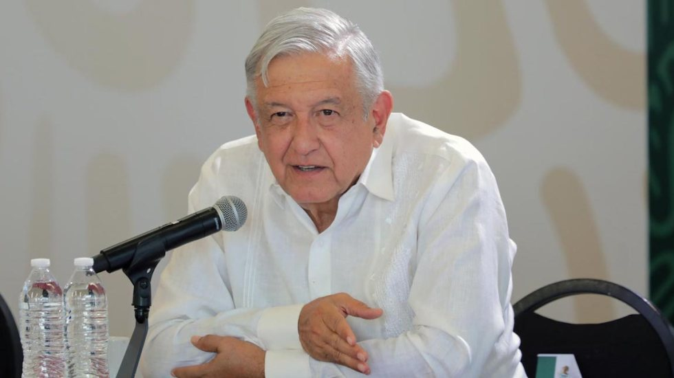 Anuncia AMLO que promoverá reforma constitucional en materia eléctrica - El presidente López Obrador anunciando que promoverá reforma constitucional en materia de energía eléctrica. Foto de lopezobrador.org.mx.