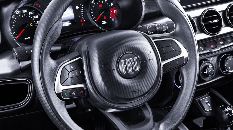 Fiat, quinta marca imputada en Francia por encubrir emisiones de autos diésel - Auto Fiat. Foto de @FiatdeMexico