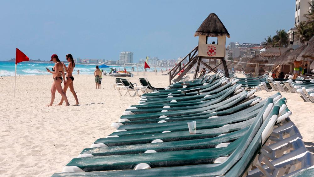Han dado positivo a COVID-19 30% de estudiantes poblanos que viajaron a Cancún - Cancun Quintana Roo estudiantes