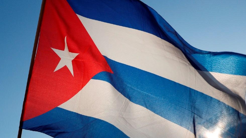 Cuba quita aranceles y límites a importación privada de comida y medicinas - Cuba bandera