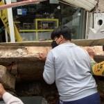 #Video Desplome de marquesina en local de Guadalajara deja una mujer lesionada