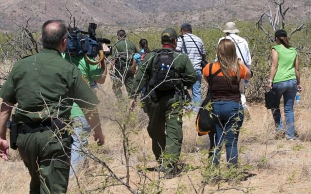 Corte Suprema de EE.UU. mantiene orden de restablecer política 'Quédate en México' - Quédate en México migrantes patrulla fronteriza