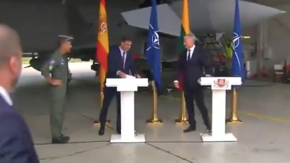 #Video Alerta real interrumpe visita de Pedro Sánchez a Lituania - Alerta real interrumpe visita de Pedro Sánchez a Lituania. Foto tomada de video
