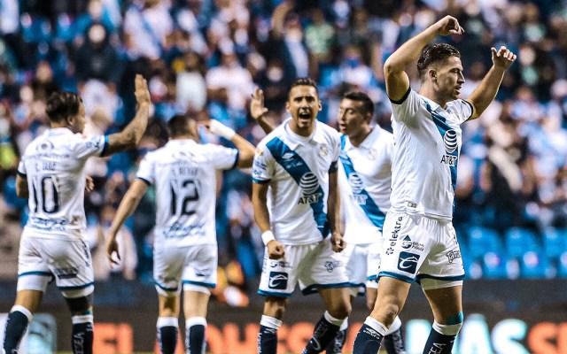 Cancelan el Toluca vs Puebla por casos de COVID-19 - Jugadores del Puebla durante partido. Foto de @ClubPueblaMX