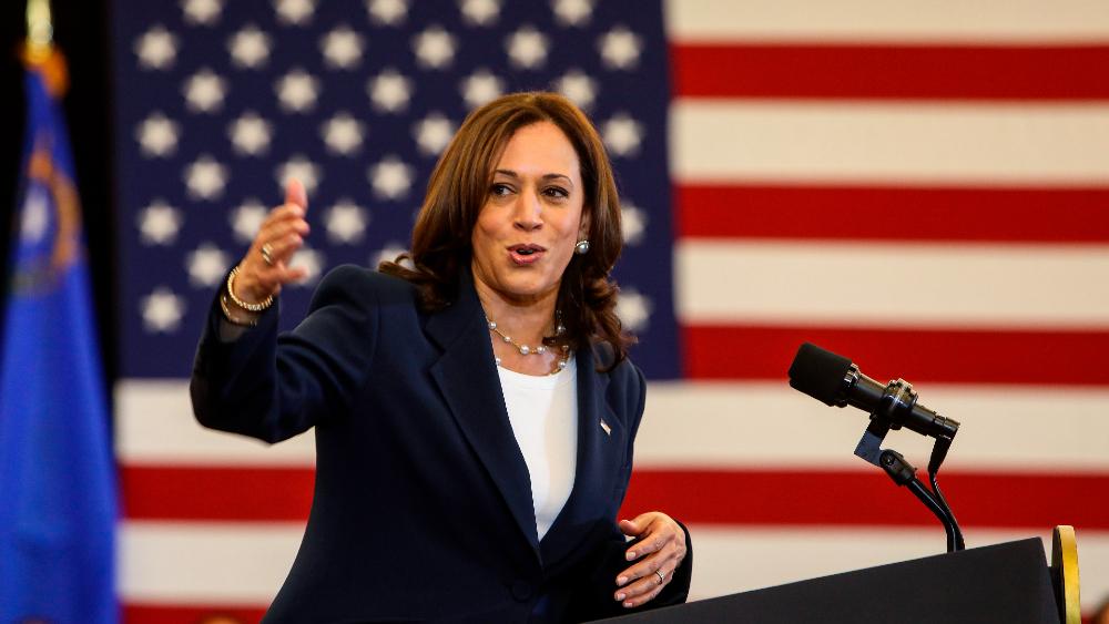 Harris llama a vacunarse cuando EE.UU. se alista para celebrar 4 de julio - Kamala Harris
